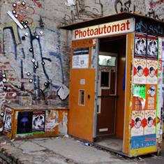 Box & Blocks: Photoautomats
