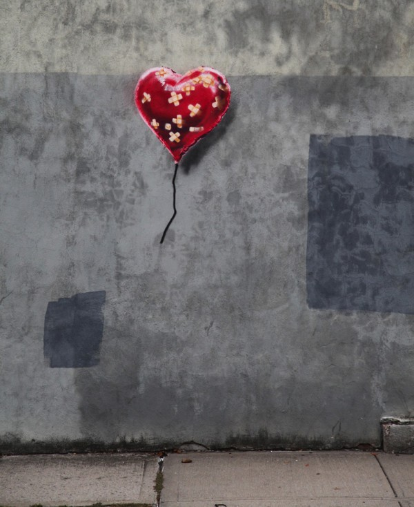 Banksy - floating heart