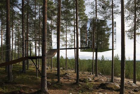 dzn_Tree-Hotel-by-Tham-and-Videgard-Arkitekter-3