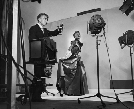 Roy Stevens, Horst directing fashion shoot with Lisa Fonssagrives, 1949 Photo Roy Stevens /Time