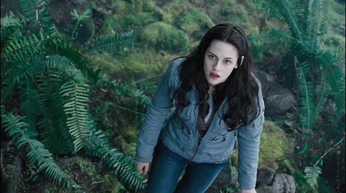 Bella-Twilight-trailer-3-HQ-bella-swan-2558956-2185-1224