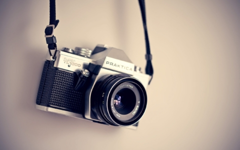 Decorate: Dive Into Real Photography With Clifton Cameras