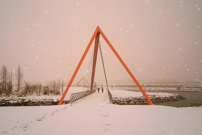 Teiknistofan Tröð - Red Pyramid Bridge 2
