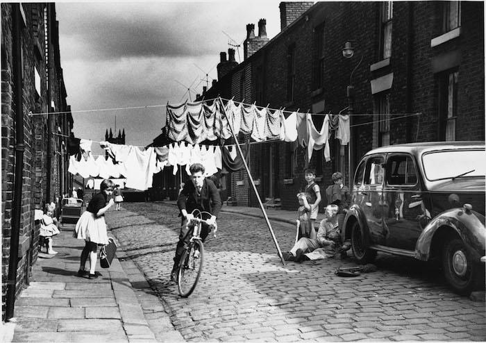 07_Press Image l Shirley Baker l Salford 1962