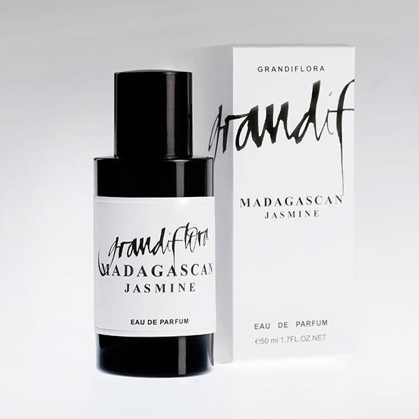 3-Madagascan-Jasmine-pack_bottle-600x600