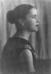 Ratio; Tarsila: The Woman Who Changed Brazil