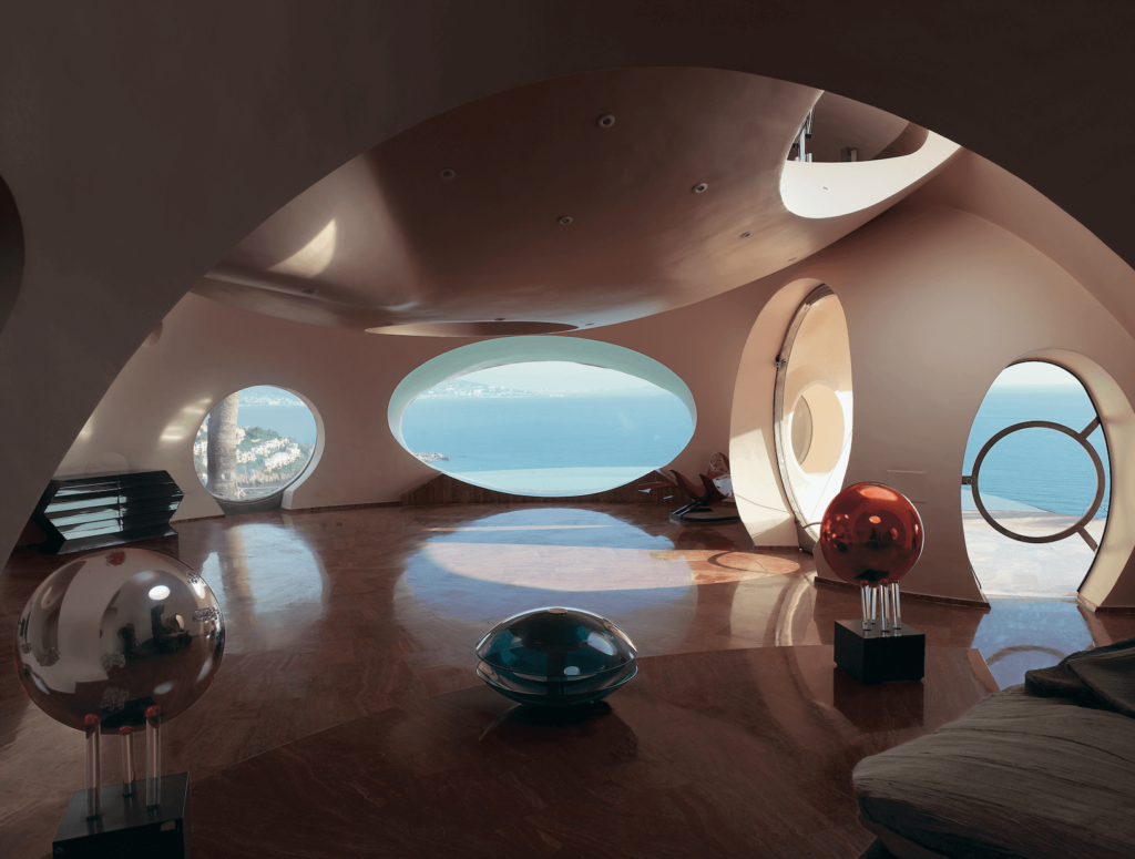 Antti Lovag. Palais Bulles, Cannes, France    © Richard Powers, Architecture